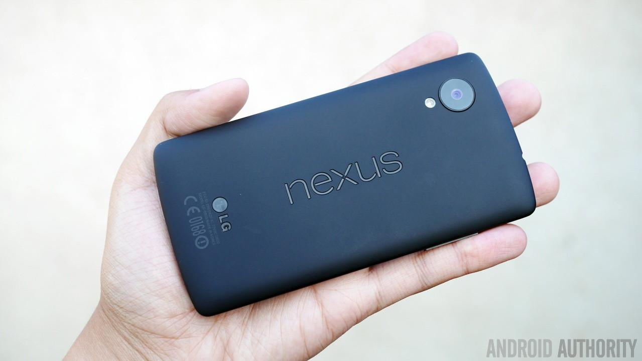 google-nexus-5-black-aa-2